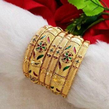 Beautiful 6 Piece Gold Plated Stylist Women Bangles