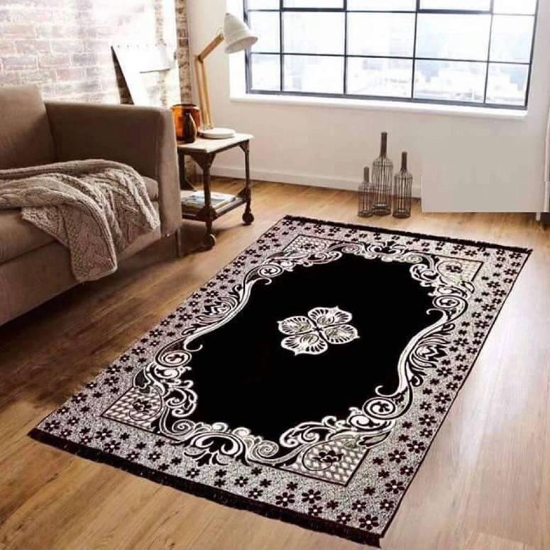 Traditional Kashmiri Large Size Carpet 5 x 7 feet