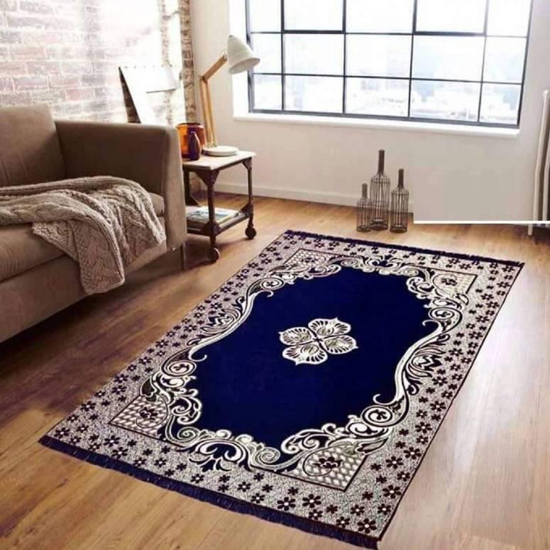 Traditional Kashmiri Large Size Carpet 5 x 7 feet Purple