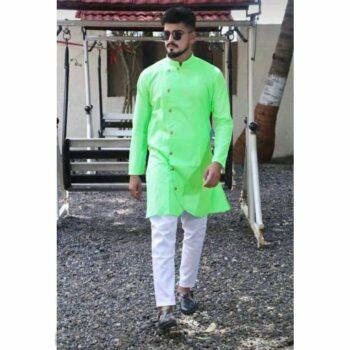 Green Men's Cotton-Blend Kurta Pyjama SetBlack Men's Cotton-Blend Kurta Pyjama Set