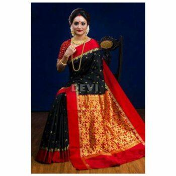 Women's Silk Saree With Blouse Piece
