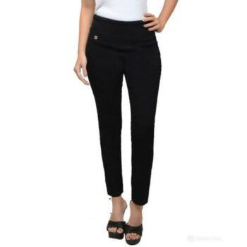 Stylish Solid Denim Jeans for Women Black