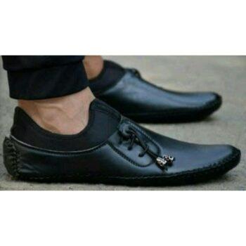 Trendy Men's Black Loafers
