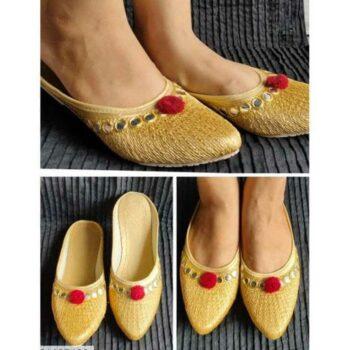 Women's Stylish Embroidered Mojaris